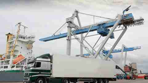 Máster profesional en la organización del transporte y la distribución de mercancía