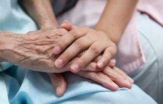 Máster en atención familiar y social en cuidados paliativos