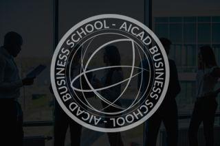 Experto en dirección de empresas y  Business Intelligence