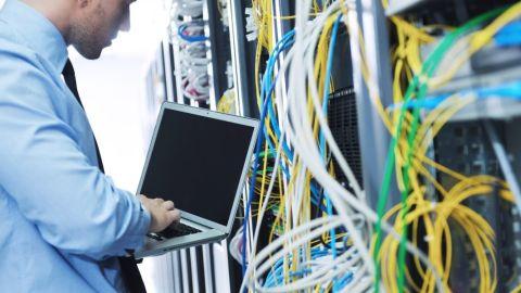 Distribución y mantenimiento de señales de telefonía, redes de voz y datos